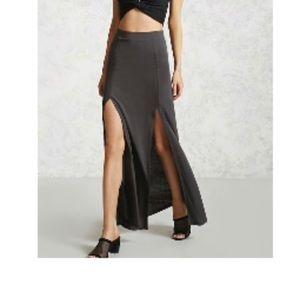 Double slit dark gray skirt